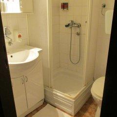 Hotel N 3* Номер с общей ванной комнатой с различными типами кроватей (общая ванная комната) фото 2