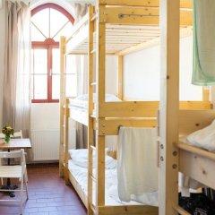 Subraum Hostel Кровать в общем номере с двухъярусной кроватью