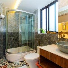 Отель Riverside Impression Homestay Villa 3* Стандартный номер с различными типами кроватей фото 10