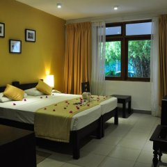 Отель Lakeside At Nuwarawewa 3* Стандартный номер фото 3