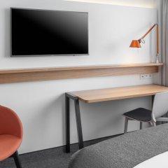 Отель Holiday Inn Munich - Leuchtenbergring 4* Стандартный номер с различными типами кроватей фото 6
