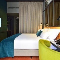 Отель Pestana CR7 Lisboa 4* Стандартный номер с различными типами кроватей фото 12