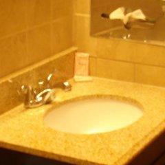 Отель Claremont Hotel Las Vegas США, Лас-Вегас - отзывы, цены и фото номеров - забронировать отель Claremont Hotel Las Vegas онлайн ванная фото 2