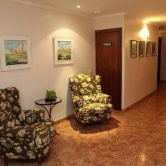 Hotel Los Arcos интерьер отеля