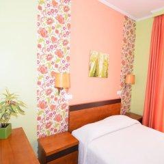 Отель Pensão Flor da Baixa комната для гостей фото 5