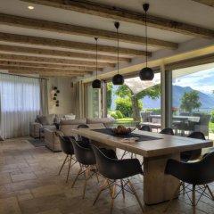 Отель Familienresidence Grafenstein Италия, Чермес - отзывы, цены и фото номеров - забронировать отель Familienresidence Grafenstein онлайн гостиничный бар
