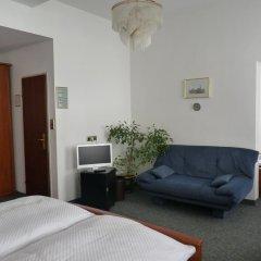 Hotel Pension Lumes 4* Стандартный номер с двуспальной кроватью фото 4