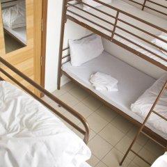 Отель Restup London Кровать в общем номере фото 5