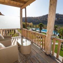 Отель Lopota Lake Resort & Spa балкон
