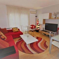 Отель J&V Avda Montserrat Испания, Курорт Росес - отзывы, цены и фото номеров - забронировать отель J&V Avda Montserrat онлайн комната для гостей фото 5