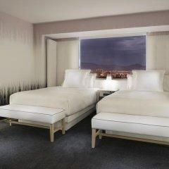 Отель SLS Las Vegas 4* Стандартный номер с различными типами кроватей