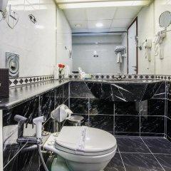 Landmark Summit Hotel ванная