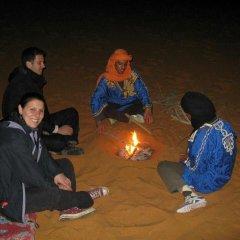 Отель Desert Berber Fire-Camp Марокко, Мерзуга - отзывы, цены и фото номеров - забронировать отель Desert Berber Fire-Camp онлайн фитнесс-зал
