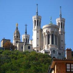 Отель MHL - Maison Hotel Lyon Франция, Лион - отзывы, цены и фото номеров - забронировать отель MHL - Maison Hotel Lyon онлайн балкон