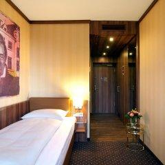 Living Hotel Düsseldorf by Derag 4* Номер Бизнес с различными типами кроватей