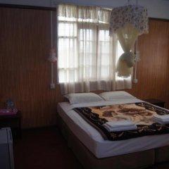 Отель Sin Yaw Guest House Стандартный номер с различными типами кроватей фото 3