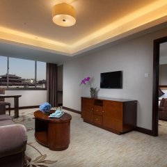 Jin Jiang West Capital International Hotel комната для гостей фото 2