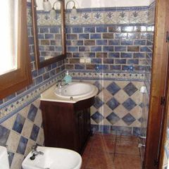 Отель Casa Rural Apartamento El Lebrillero Захара ванная фото 2