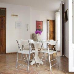 Отель SingularStays Roteros Испания, Валенсия - отзывы, цены и фото номеров - забронировать отель SingularStays Roteros онлайн комната для гостей фото 5