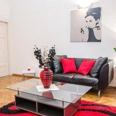 Апартаменты Black & White Apartment Будапешт комната для гостей фото 4