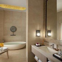 Отель Resorts World Sentosa - Beach Villas 5* Вилла с различными типами кроватей фото 9