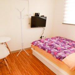 YaKorea Hostel Dongdaemun Стандартный номер с двуспальной кроватью