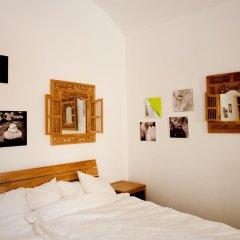 Апартаменты Pod Slovany Apartment Прага комната для гостей фото 4
