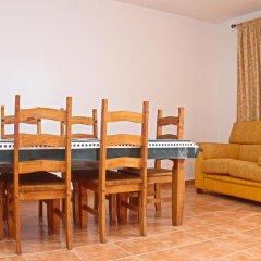Отель Chalet Arroyo Испания, Кониль-де-ла-Фронтера - отзывы, цены и фото номеров - забронировать отель Chalet Arroyo онлайн комната для гостей фото 2