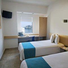 Отель One Acapulco Costera комната для гостей фото 2