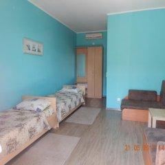 Гостевой Дом Спортивный Стандартный номер с двуспальной кроватью фото 3