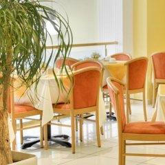 Отель Euro Guest House Мальта, Гзира - отзывы, цены и фото номеров - забронировать отель Euro Guest House онлайн интерьер отеля
