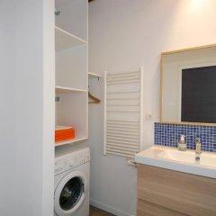Отель Transparent Marais Франция, Париж - отзывы, цены и фото номеров - забронировать отель Transparent Marais онлайн ванная фото 2