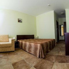 Family Hotel Apolon комната для гостей