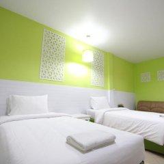 Preme Hostel Стандартный номер с 2 отдельными кроватями