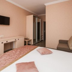 Гостиница Кристалл Стандартный номер двуспальная кровать фото 11