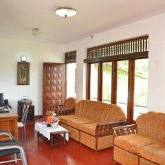 Отель Blue Lagoon Resorts Хиккадува комната для гостей фото 4