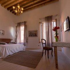 Отель Maria 3536 Италия, Венеция - отзывы, цены и фото номеров - забронировать отель Maria 3536 онлайн сейф в номере
