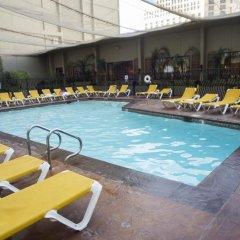 Отель Penthouses at Jockey Club США, Лас-Вегас - отзывы, цены и фото номеров - забронировать отель Penthouses at Jockey Club онлайн бассейн фото 2