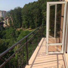 Гостиница Домик на Акациях в Сочи 5 отзывов об отеле, цены и фото номеров - забронировать гостиницу Домик на Акациях онлайн балкон