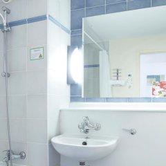 Hotel Campanile Dartford 2* Стандартный номер с различными типами кроватей фото 3