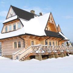Отель Villa z widokiem na Giewont Косцелиско приотельная территория