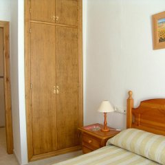 Отель Hostal El Arco Стандартный номер с двуспальной кроватью