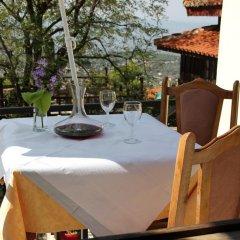 Отель Bar Restaurant Merlika Номер категории Эконом с различными типами кроватей фото 5