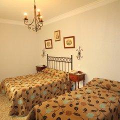 Отель Hostal Roma Стандартный номер с различными типами кроватей фото 5