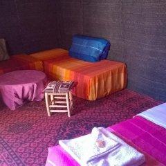 Отель Bivouac Erg Znaigui Марокко, Мерзуга - отзывы, цены и фото номеров - забронировать отель Bivouac Erg Znaigui онлайн комната для гостей фото 4