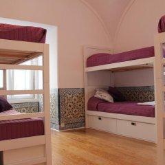 Lost Inn Lisbon Hostel Кровать в общем номере фото 7