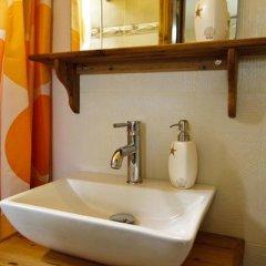 Отель Mango Rooms ванная фото 2