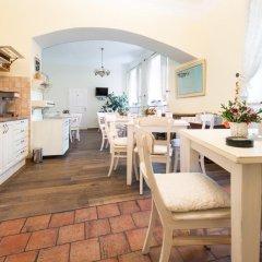 Отель Loreta Чехия, Прага - отзывы, цены и фото номеров - забронировать отель Loreta онлайн в номере фото 2