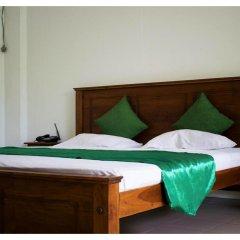 Ambalama Leisure Lounge Hotel сейф в номере
