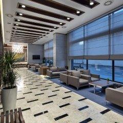 Hilton Garden Inn Izmir Bayrakli Турция, Измир - отзывы, цены и фото номеров - забронировать отель Hilton Garden Inn Izmir Bayrakli онлайн интерьер отеля фото 2